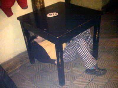 pod stolem-orez